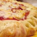 töltött szélű pizza, pizza recept, Kocsis Hajnalka receptje, www.mokuslekvar.hu